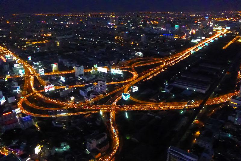 Вид на город ночью ISO 1600