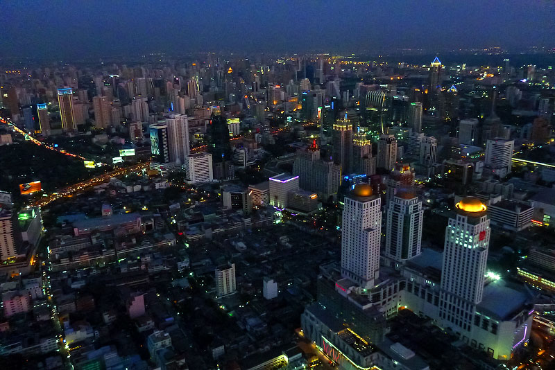 Вид на город ночью ISO 800