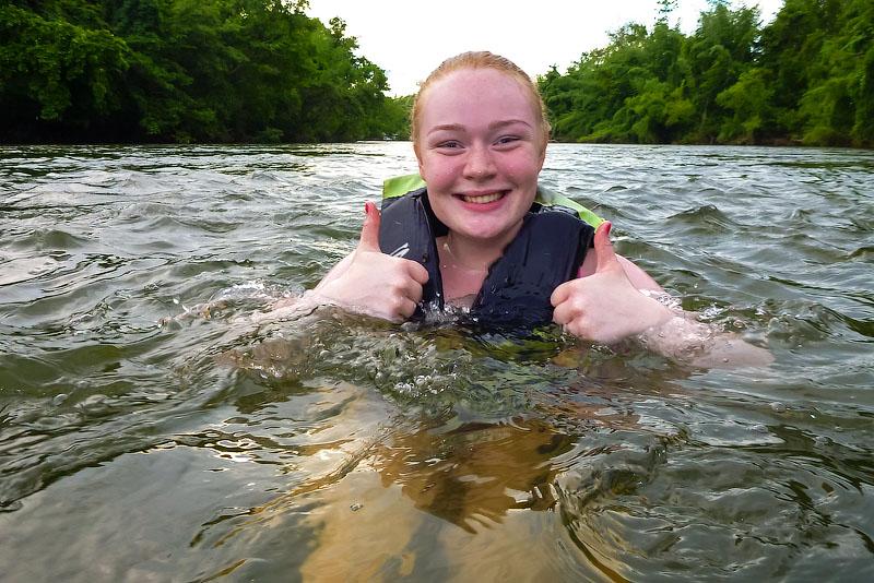Два километра плыл рядом с группой и снимал фото и видео 2