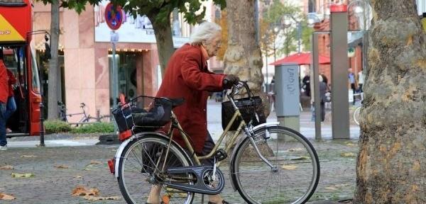 Удивительная дама Жанна Кальман