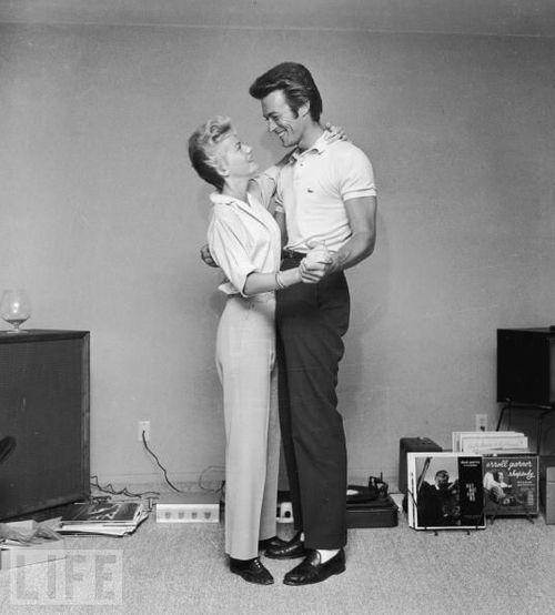 Клинт Иствуд со своей первой женой Мэгги, 1965