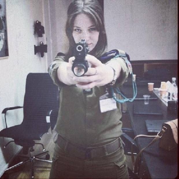 Красотки-военнослужащие Израиля 7