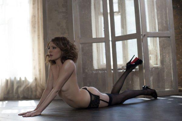 Откровенные фото актрис из сериала Кухня 003