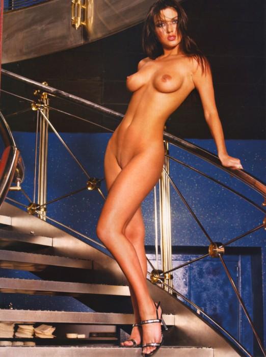 Откровенные фото актрис из сериала Кухня 037