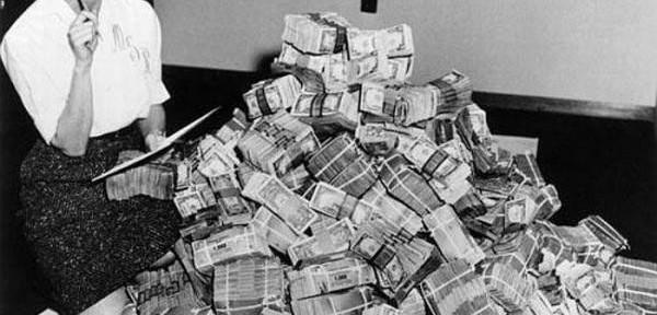 Законы денег