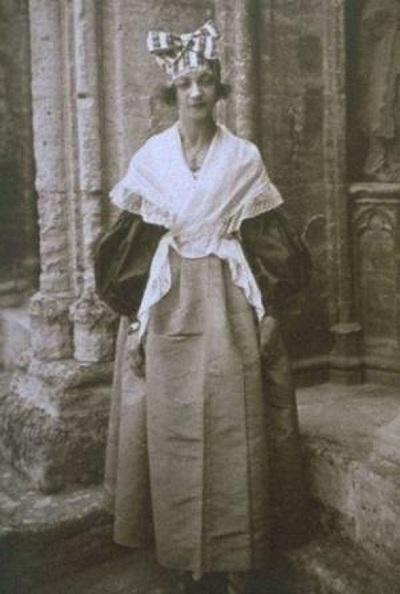 Жанна Кальман в возрасте 22 лет, 1897 год