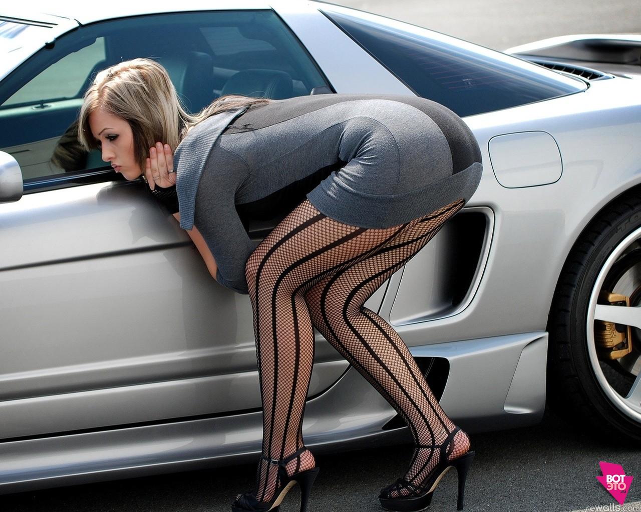 Женские вопросы на автофоруме