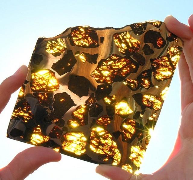 Красивый метеорит