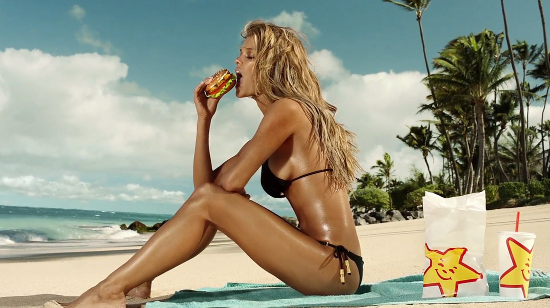 "Nina Agdal – ""Carl's Jr."" Bikini Photoshoot (15 фото)"
