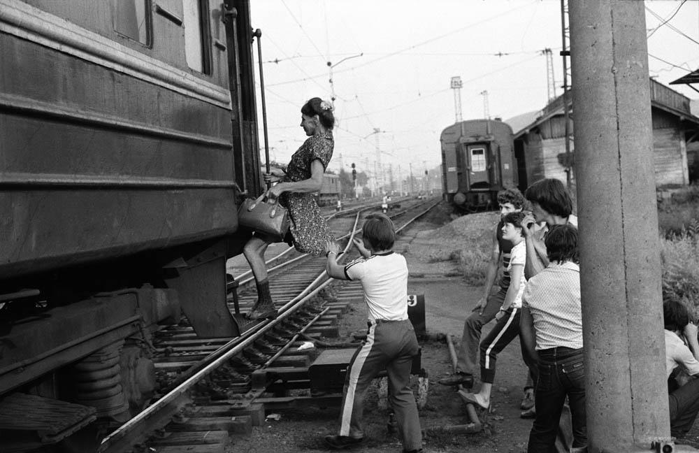 Пассажирка последнего вагона. Новокузнецк. 1983 год.