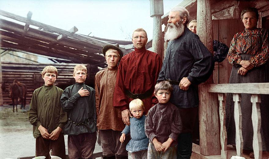 Семья из Екатеринбурга, конец 19 века время, россия, фотография, цвет