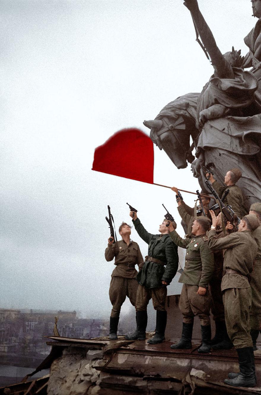 Российские солдаты в Берлине, 1945 год время, россия, фотография, цвет