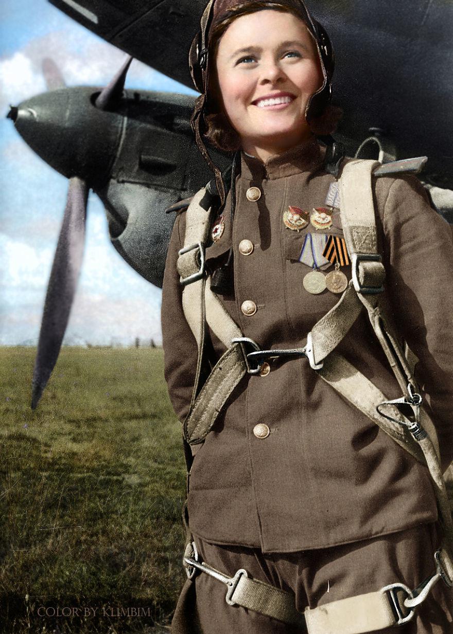 Мария Долина, советская летчица, Герой Советского Союза, 1945 год время, россия, фотография, цвет