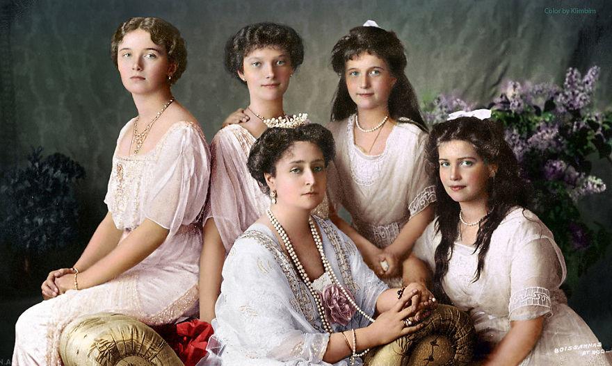 Царица Александра Федоровна с дочерьми, 1913 год время, россия, фотография, цвет