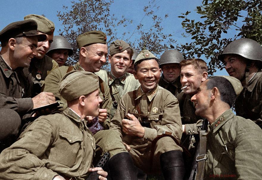 Советский снайпер Семен Номоконов и его знаменитая трубка время, россия, фотография, цвет