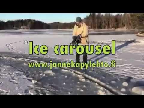 Ледяная карусель - оригинальное развлечение финнов