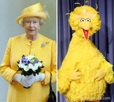 Елизавета II и пероснаж мультфильма