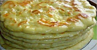 Так делают в Тбилиси: очень вкусные хачапури на сковороде…
