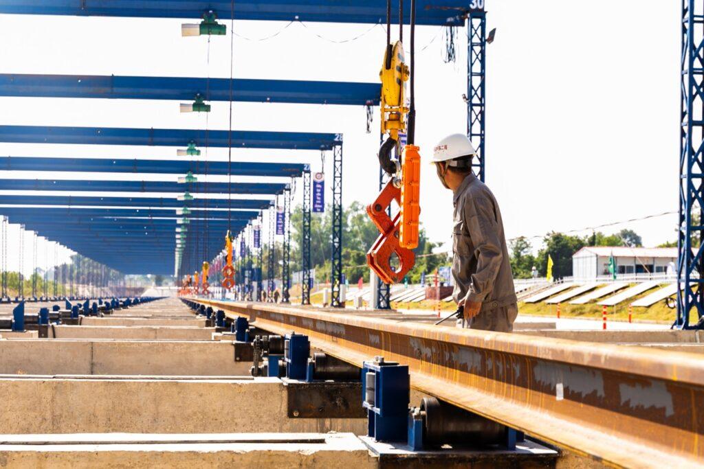 Строительство железных дорог в Китае