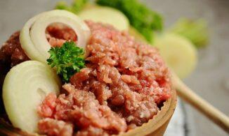 Почему немцы едят бутерброды с сырым фаршем?