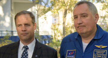 Почему NASA развивается, а Роскосмос деградирует?