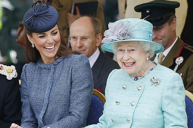 Кейт Мидлтон и королева Елизавета