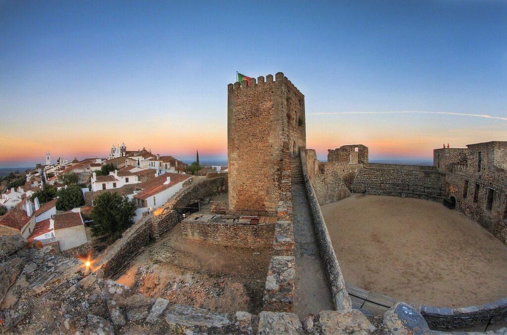 Монсараш, Португалия