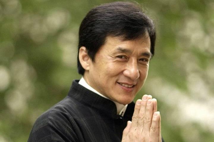 Джеки Чан - буддист