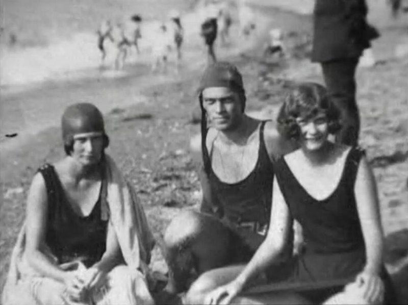 Натали со своей сестрой Ириной и двоюродный братом Федором Александровичем