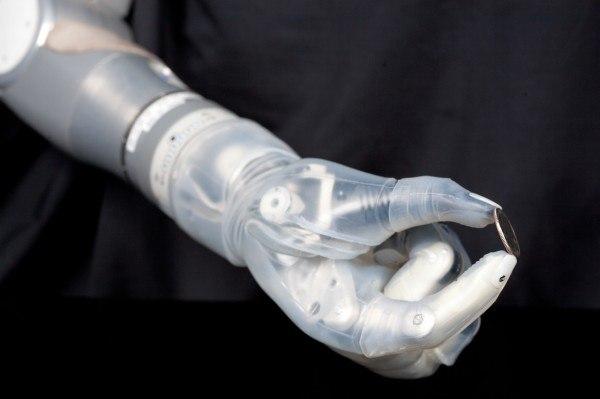 В США одобрили использование роботизированной руки Люка Скайуокера