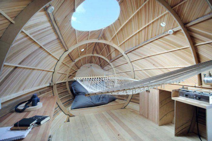 плавающий деревянный дом