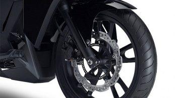 Футуристический мотоцикл Honda NM4 Vultus