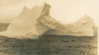 Айсберг задевший Титаник, Атлантический океан, 12 апреля, 1912 года