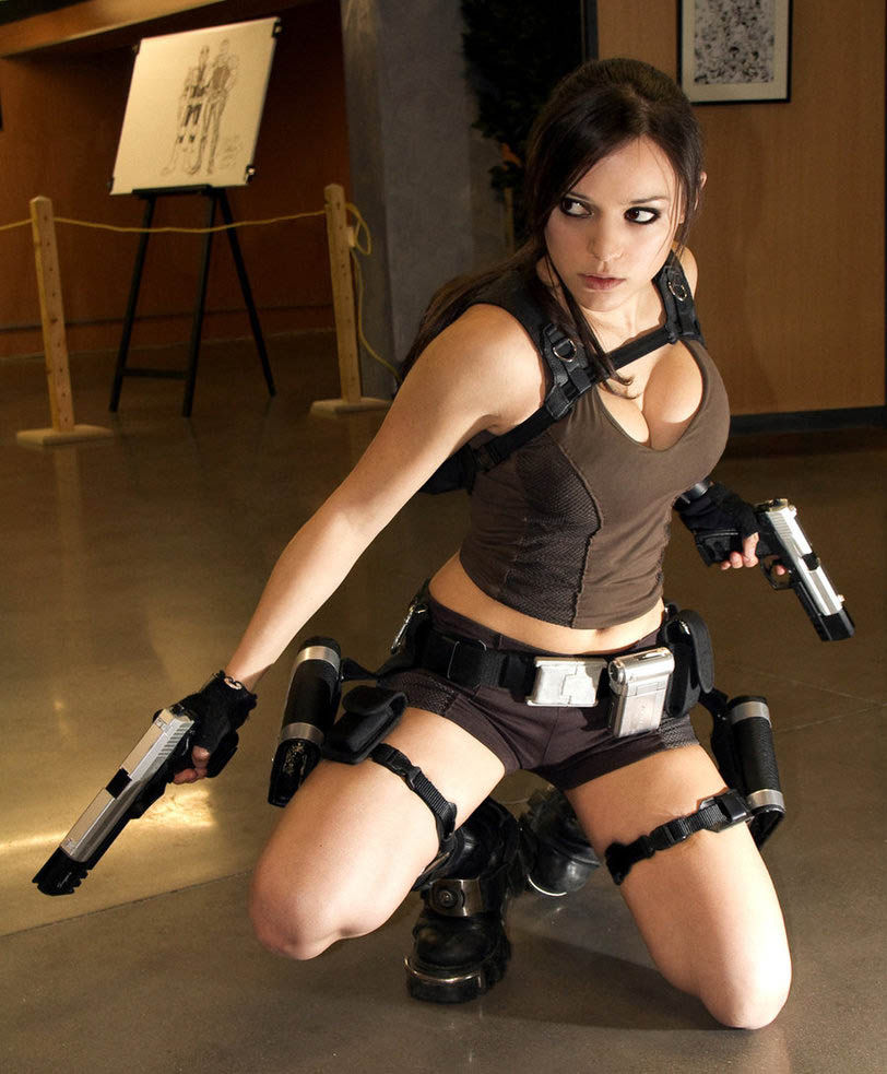 Lara croft nu fake naked gallery
